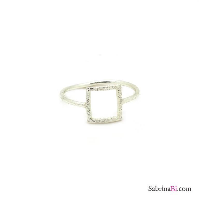 Anello argento elemento geometrico quadrato