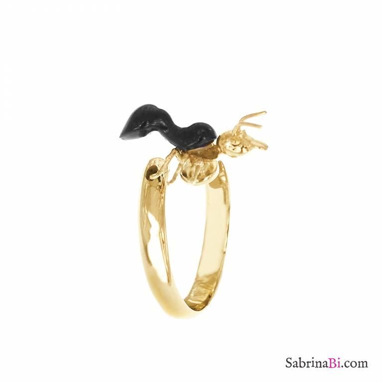 Anello regolabile placcato oro Formica nera in porcellana