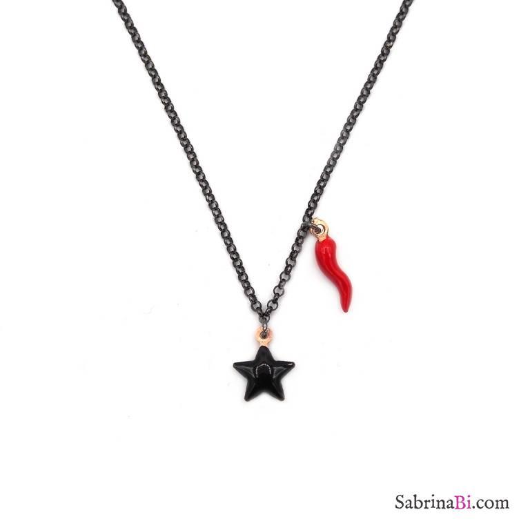 Collana girocollo argento 925 rodiato nero stella nera e cornetto rosso