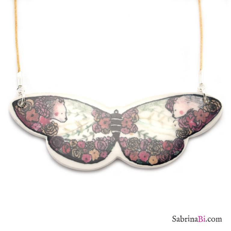 Porcelain big butterfly choker necklace with flowers and bears
