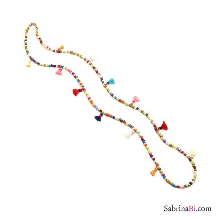 Collana lunga perle di vetro multicolor e nappine