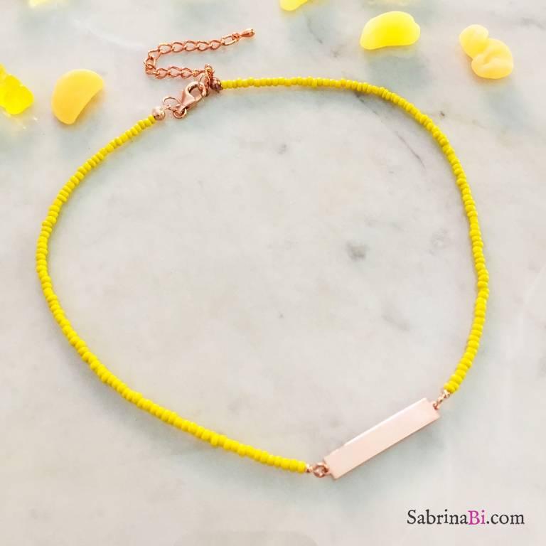 Collana micro perline vetro gialle con piastrina incidibile