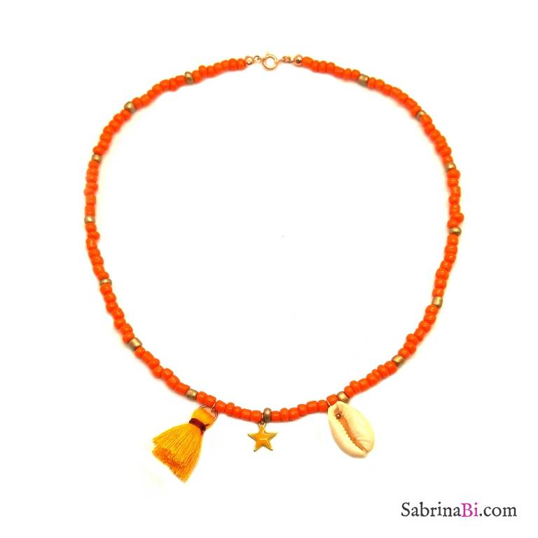 Collana perle di vetro arancioni e bronzo con conchiglia e stella