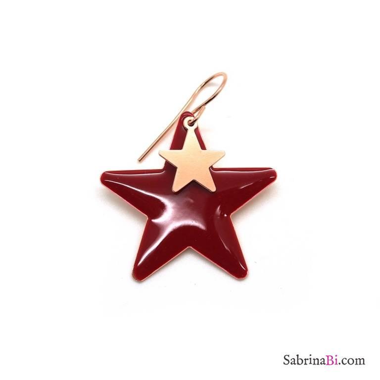 Mono-orecchino stella con smalto rosso e stella oro rosa