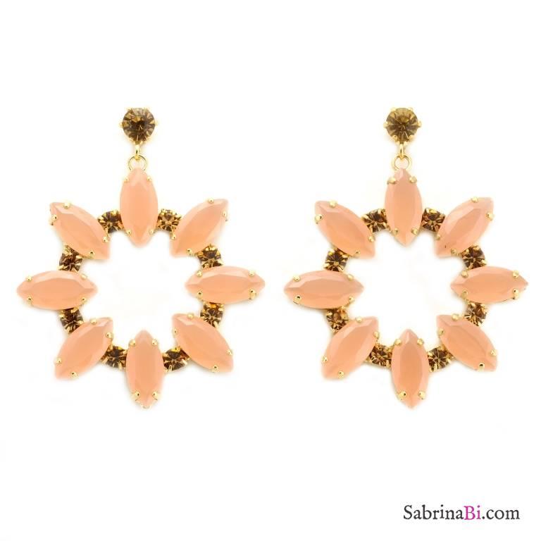 Orecchini dorati pendenti a cerchio fiore cristalli rosa antico