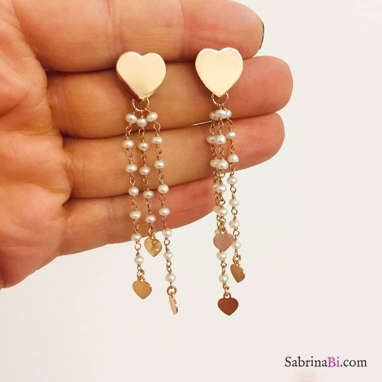 Orecchini pendenti argento 925 oro rosa fili rosario perle di fiume con cuori