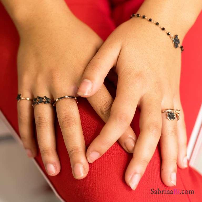 Anello fedina argento 925 oro rosa Zirconi neri rilievo bianchi