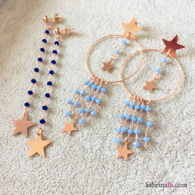Orecchini pendenti lunghi rosario blu elettrico stella oro rosa