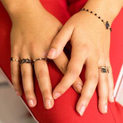 Anello regolabile argento 925 oro rosa Quadrifoglio Zirconi neri e cornetto
