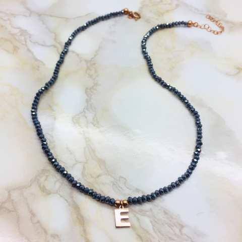 Collana perline Ematite blu e lettera iniziale nome
