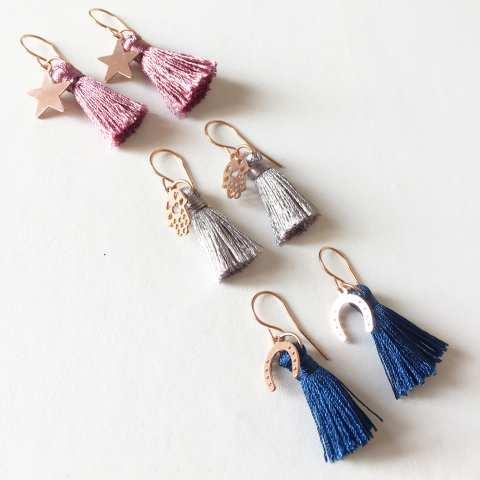 Orecchini pendenti Nappy nappina rosa scuro e stella oro rosa